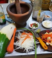 Morning Glory Thai Vegetarian Restaurant & Cooking Classes