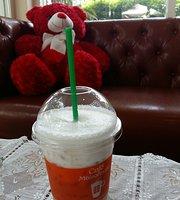 Cafe Maisonnette