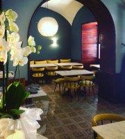 Le Cafe Du Centre