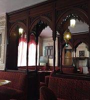 La Mosquee de Paris -  Aux Portes de l'Orient