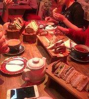 The Cruck Barn Cafe