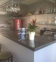 Maximo Bar