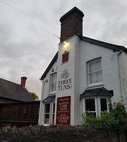 ‪Three Tuns Inn‬