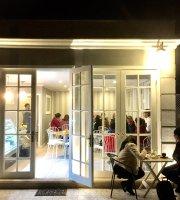 Café La Croix