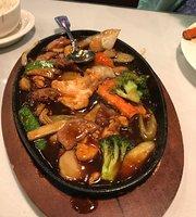 J's Asian Cafe