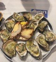 Phil's Oyster Bar & Seafood House