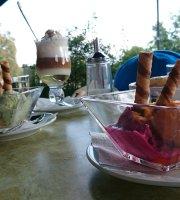 Dunakorzo Café