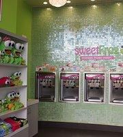 sweetFrog Premium Frozen Yogurt