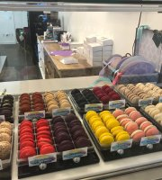 Janette & Co. Macaron and French Pastries