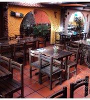Brasas y Leños Restaurante