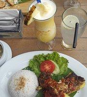 Coco Rico Cafe & Resto