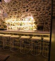 Kellari bar
