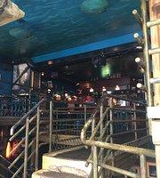 Underwater Pub