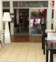 Lili la Moule