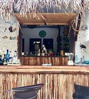 Los Pescaditos Tacos & Beer