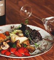 Winowajcy Tapas & Wine Bar