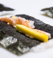 Nipo Sushi Bar