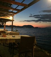 Boukari Beach Restaurant