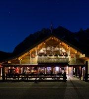 Les Rhodos Restaurant