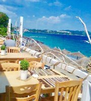 Rada Seaside Restaurant