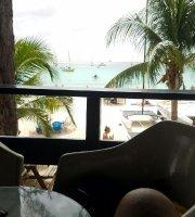 Dipper's Beach Bar