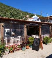 Taverna Delfinia