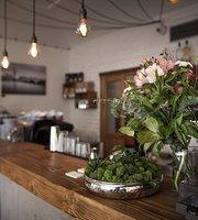 Visitinn Cafe