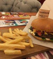 Ty+Burger