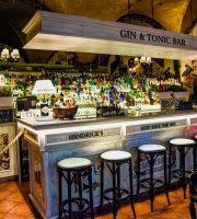 Gin & Tonic Bar