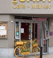 Yummy Cafe Market
