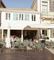 Remvi Caffe Bar