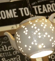 Totally Delicious Tearooms - Middleport Pottery