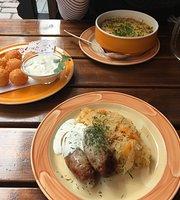 Golden Piglet Inn