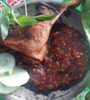 Ayam Goreng Cobek