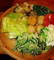 Okinawa Shokudo Haisai, Hep Navio