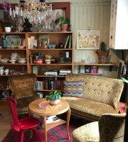 Adils Vintage Och Kaffebar