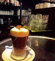 La Muestra Bar Café