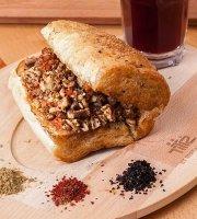 Nazar Cafe & Balik Evi