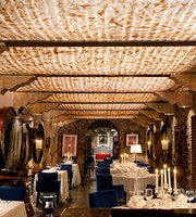 Pistilos Restaurant