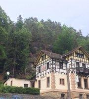 Waldhausl