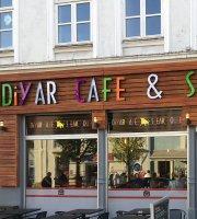 Diyar Cafe og Steak House