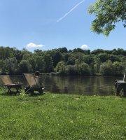 Uferbar Am Okriftler Wäldchen