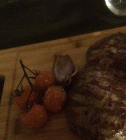 Meet & Meat - SteakHouse & Tapas Bar