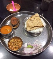 Adinarayan Bhojanalaya
