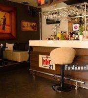 MIG 21 Cafe