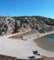Beach Bar Tatinja