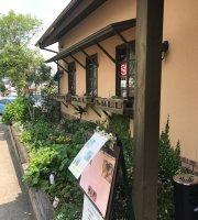 Sandwich Club House Since 1985