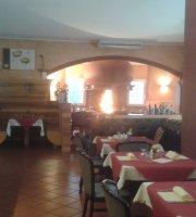 Al Ledra Ristorante Pizzeria