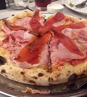 De Rosa Pizzeria
