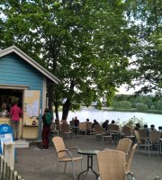 Sinisen huvilan kahvila The Blue Villas Cafe